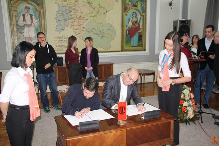 Grad Požarevac potpisao ugovore za stipendiranje studenata 5838