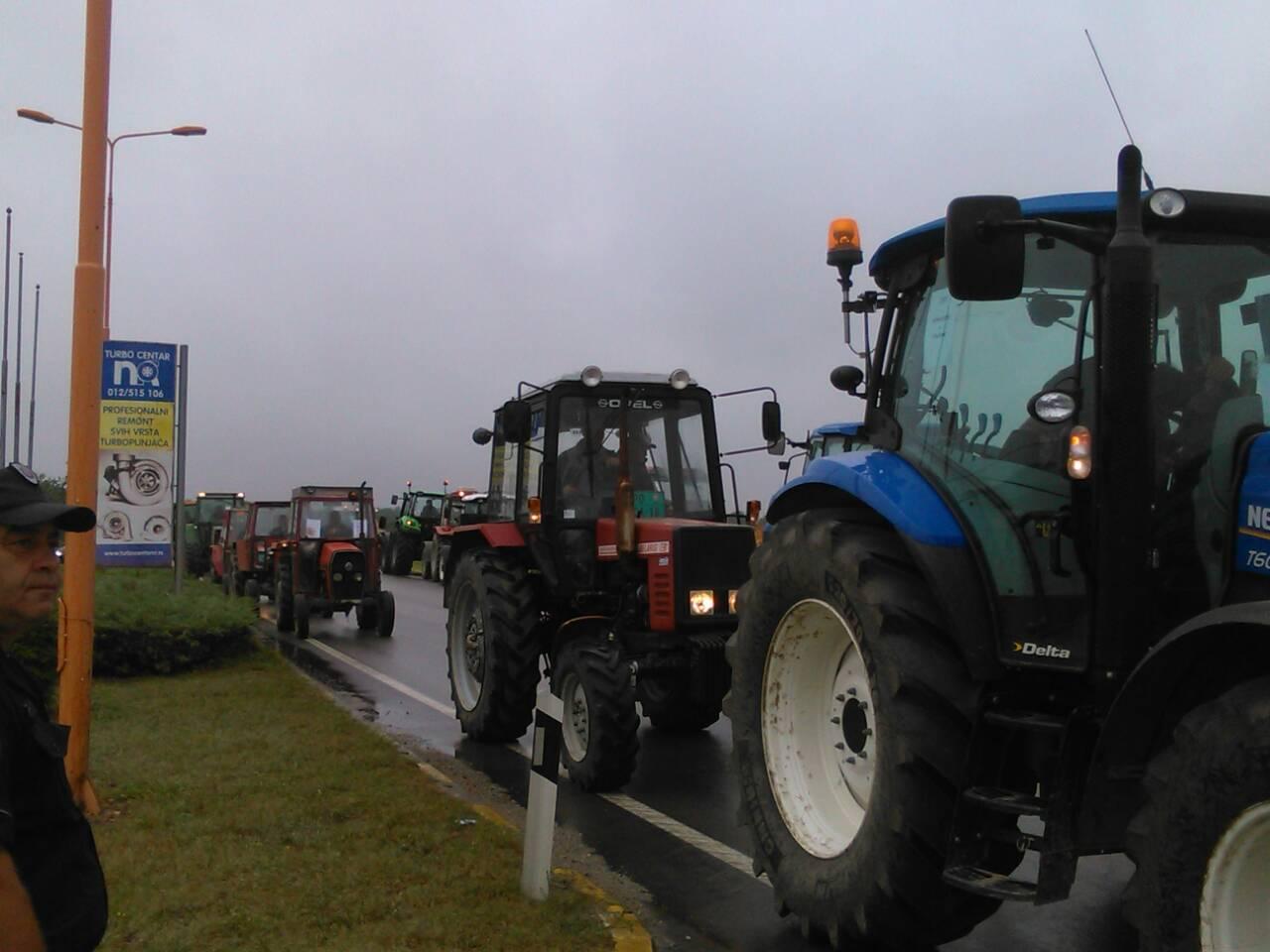 """Protest poljoprivrednih proizvođača """"Stig"""" zbog niske cene pšenice 20178"""