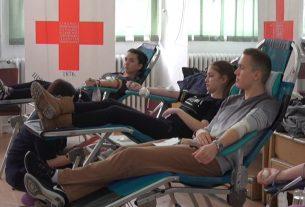 Akcije dobrovoljnog davanja krvi za srednjoškolce 13.marta u Požarevačkoj gimnaziji 15929