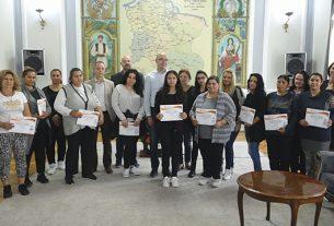 Dodeljeni sertifikati u okviru projekta ,,Održivo zapošljavanje Roma na teritoriji Grada Požarevca'' 10375