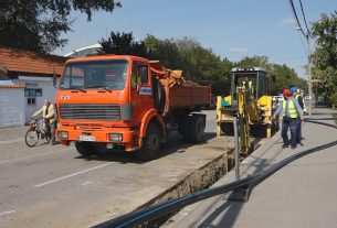 Zbogradova na zameni azbest cementnog cevovoda, bez vode više ulica u Požarevcu 25850