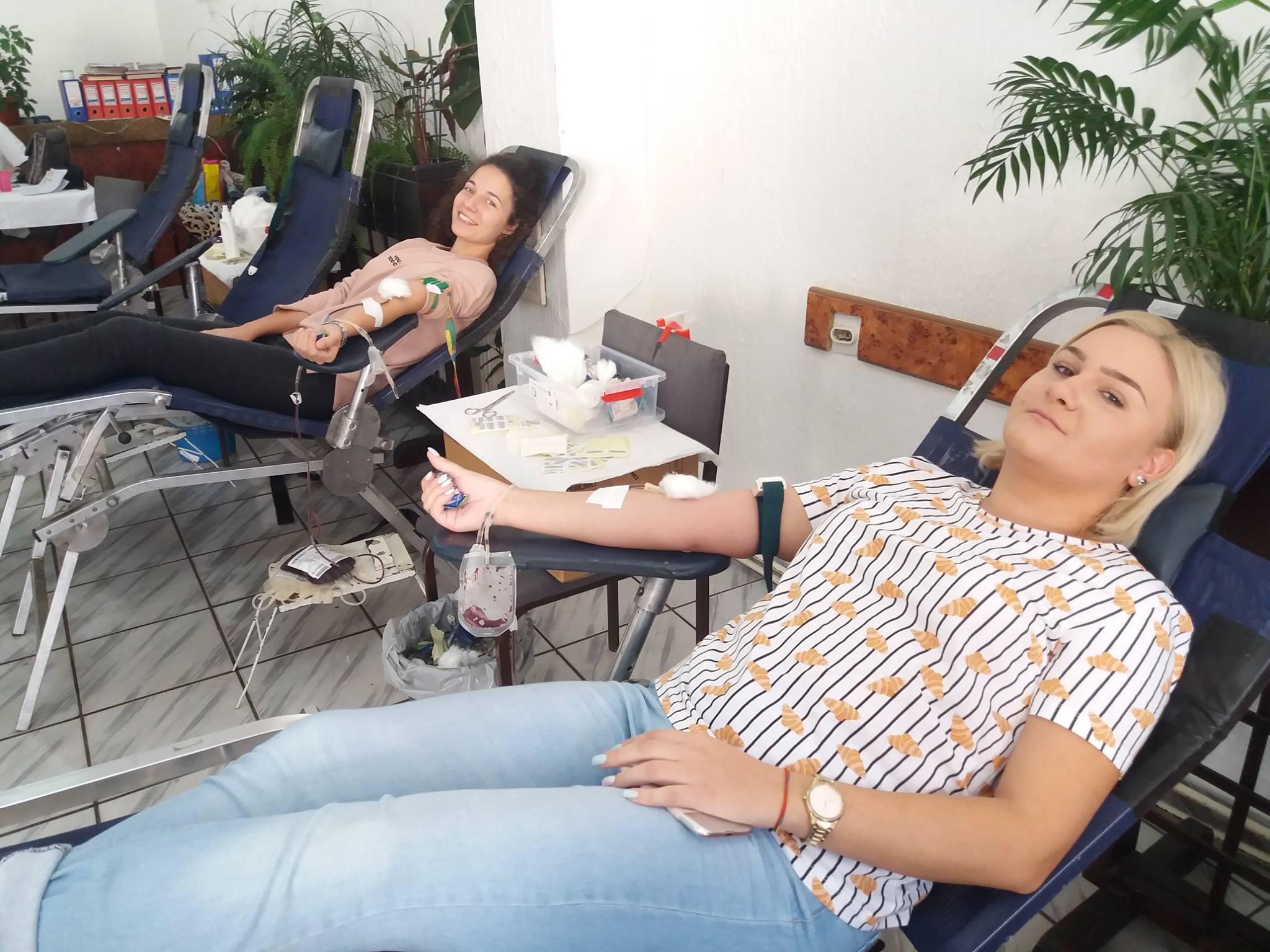 """Akcija dobrovoljnog davanja krvi, 5. novembar 2018 - U akciji učestvovali zaposleni u DOO """"Elektroluks 012"""" Požarevac 10603"""