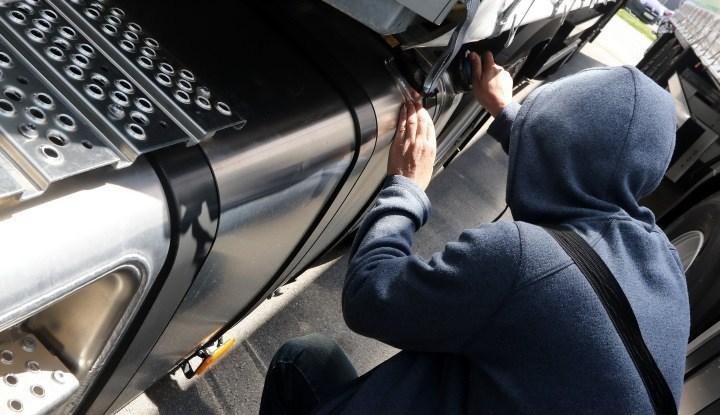 Policija: Uhapšen zbog krađe akumulatora iz kamiona auto škole u Požarevcu 11815