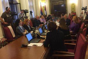 Odbor za kulturu i informisanje odbio predlog o povećanju TV pretplate 11977
