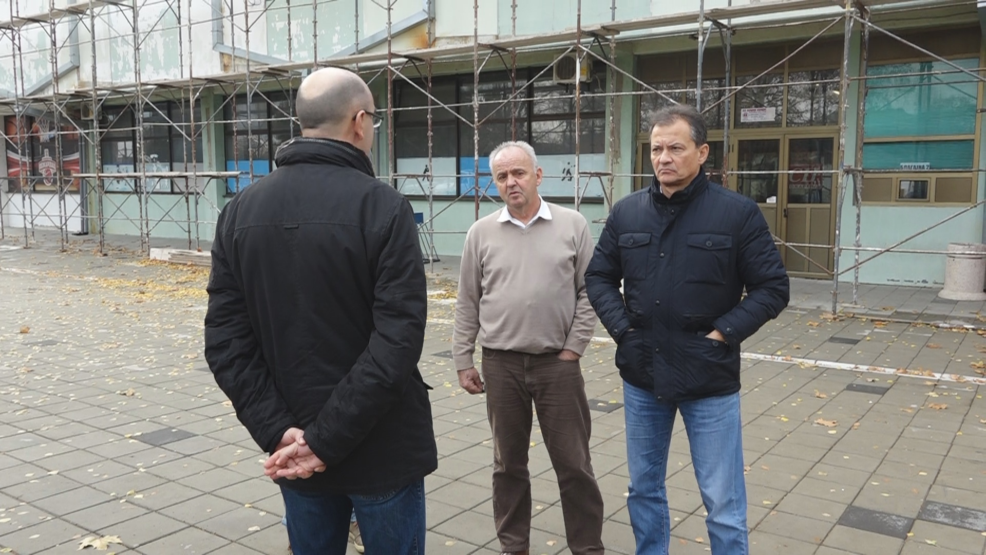 Gradonačelnik Grada Požarevca Bane Spasović obišao radove na Hali sportova 13129