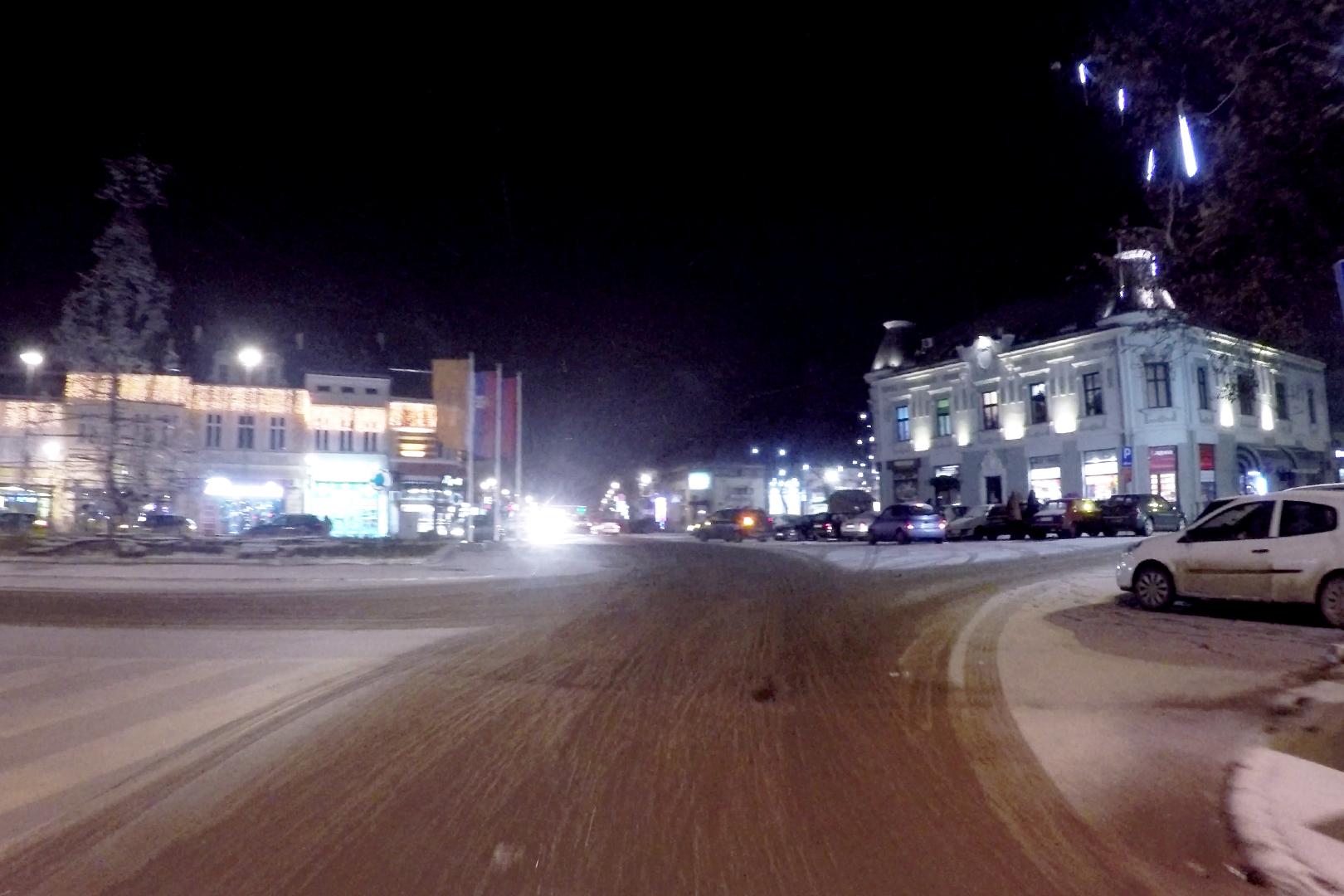 Sutra sneg, do subote 30cm snežnog pokrivača 14086