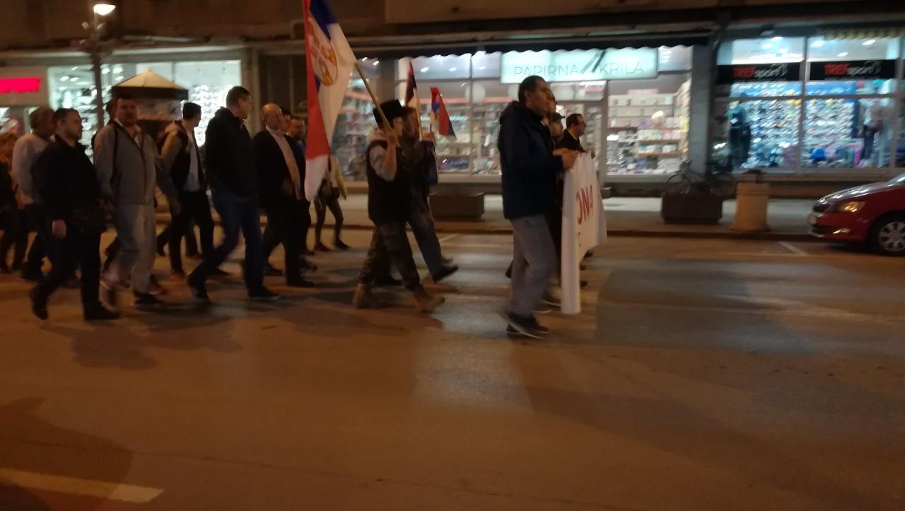 "Održan sedmi protest #1od5miliona u Požarevcu građani prošetali do kasarne ""General Pavle Jurišić Šturm"" 15825"