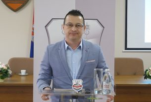 Predsednik Krstanoski uputio čestitke đacima prvacima 41029