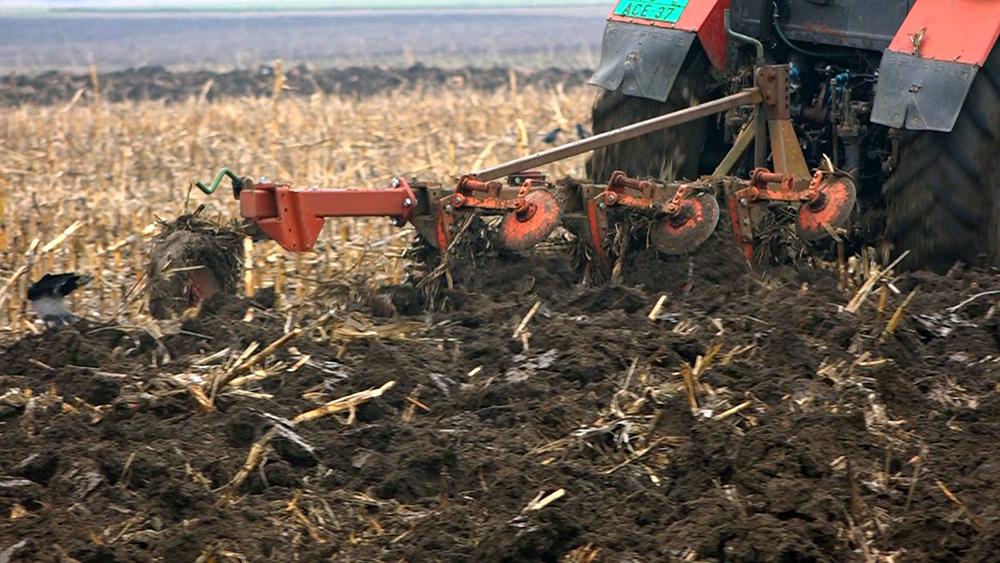 MUP odlučio da poljoprivredne mašine ne moraju na preregistraciju 16518