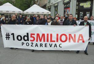"""Protest #1od5miliona"""" održan je sinoć u Požarevcu po 13. put 17494"""