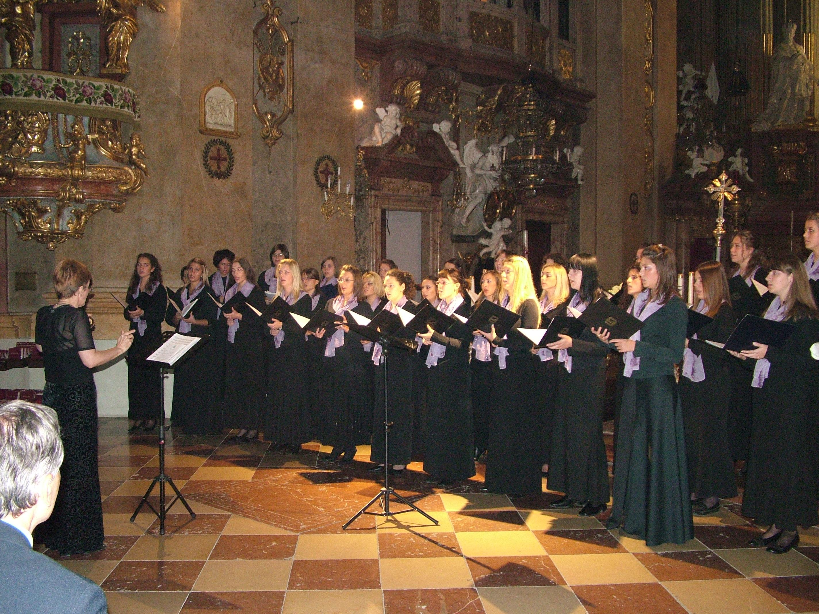 Hor Barili - Vaskršnji koncert u Kripti Hrama Svetog Save u Beogradu 17787