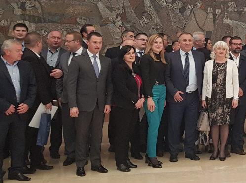 Opštini Petrovac na Mlavi više od 4 miliona dinara za mere populacione politike 17460