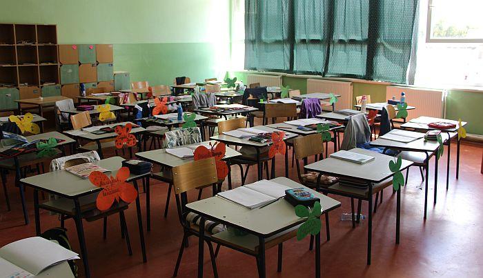 Pojedine škole od septembra imaće samo prepodnevnu smenu 16771