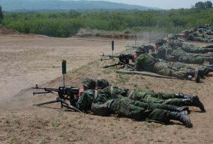 """Gađanje iz pešadijskog naoružanja na Vojnom kompleksu """"Peskovi"""" 37853"""