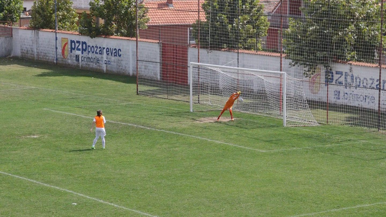 Fudbal: Selektivna utakmica u ženskom fudbalu za devojčice rođene 2004. i 2005.godine FOTO 16784