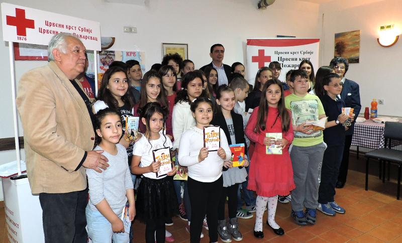 "Konkurs ""Krv život znači"" - Nagrade za učenike osnovnih i srednjih škola iz Požarevca 18120"