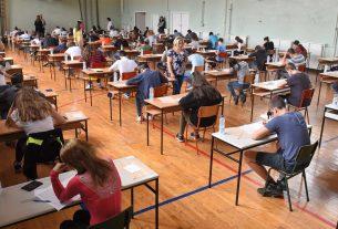 Testom iz srpskog jezika počelo polaganje male mature 19751
