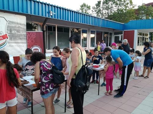 Održana likovna radionica za decu u Kostolcu 21212