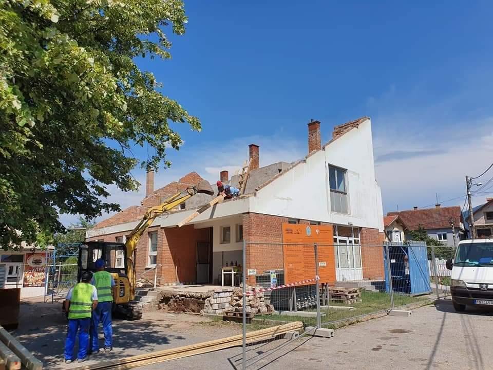 U toku su radovi na rekonstrukciji zdravstvene ambulante u naselju Šetonje 21471