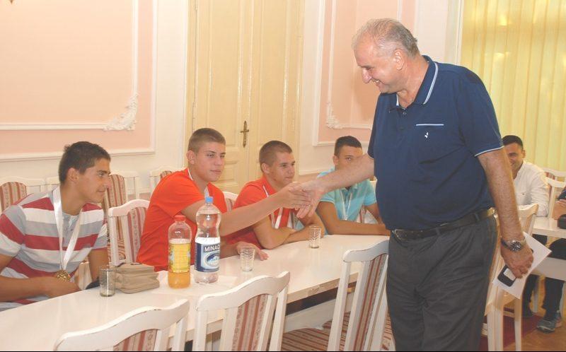Prijem zlatnih odbojkaša sa splitskih Sportskih igara mladih 22595