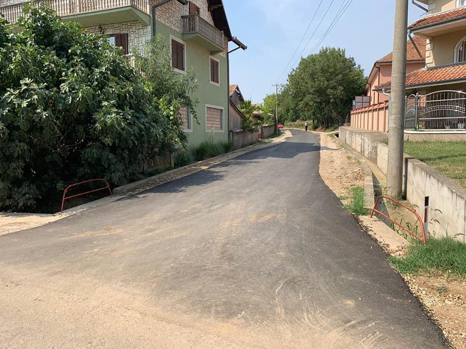 U saobraćaj puštene tri novoizgrađene ulice u naselju Rašanac 22563