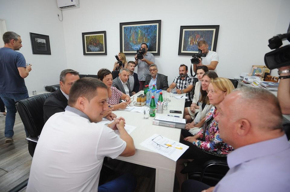 Petrovac na Mlavi: Poseta delegacije UNDP-a i ministra državne uprave i lokalne samouprave Branka Ružića 22556