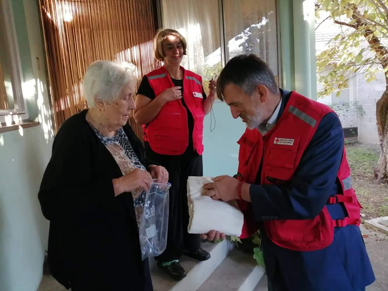 Crveni krst Požarevac: 1. oktobar - Međunarodni dan starijih osoba 23937