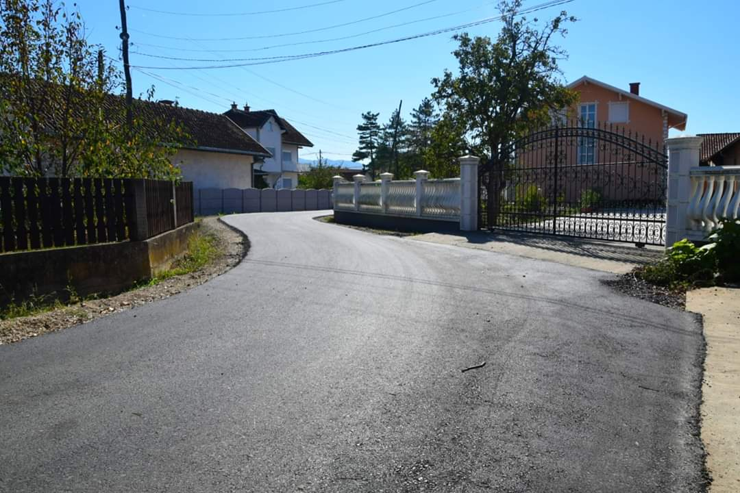Naselje Malo Laole dobilo novoasfaltirane putne pravce 24274