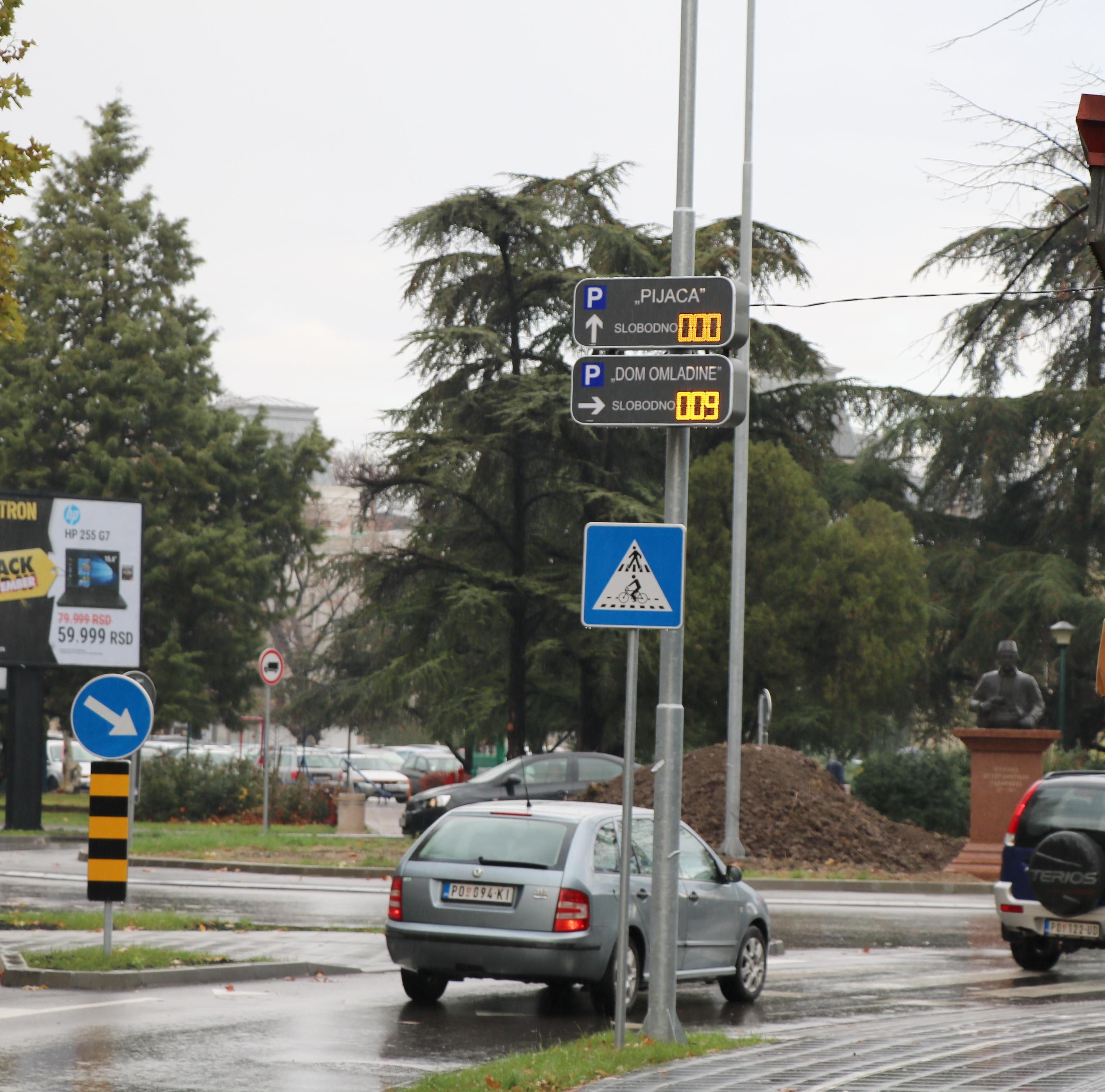 Brojači parking mesta na novom kružnom toku 26650