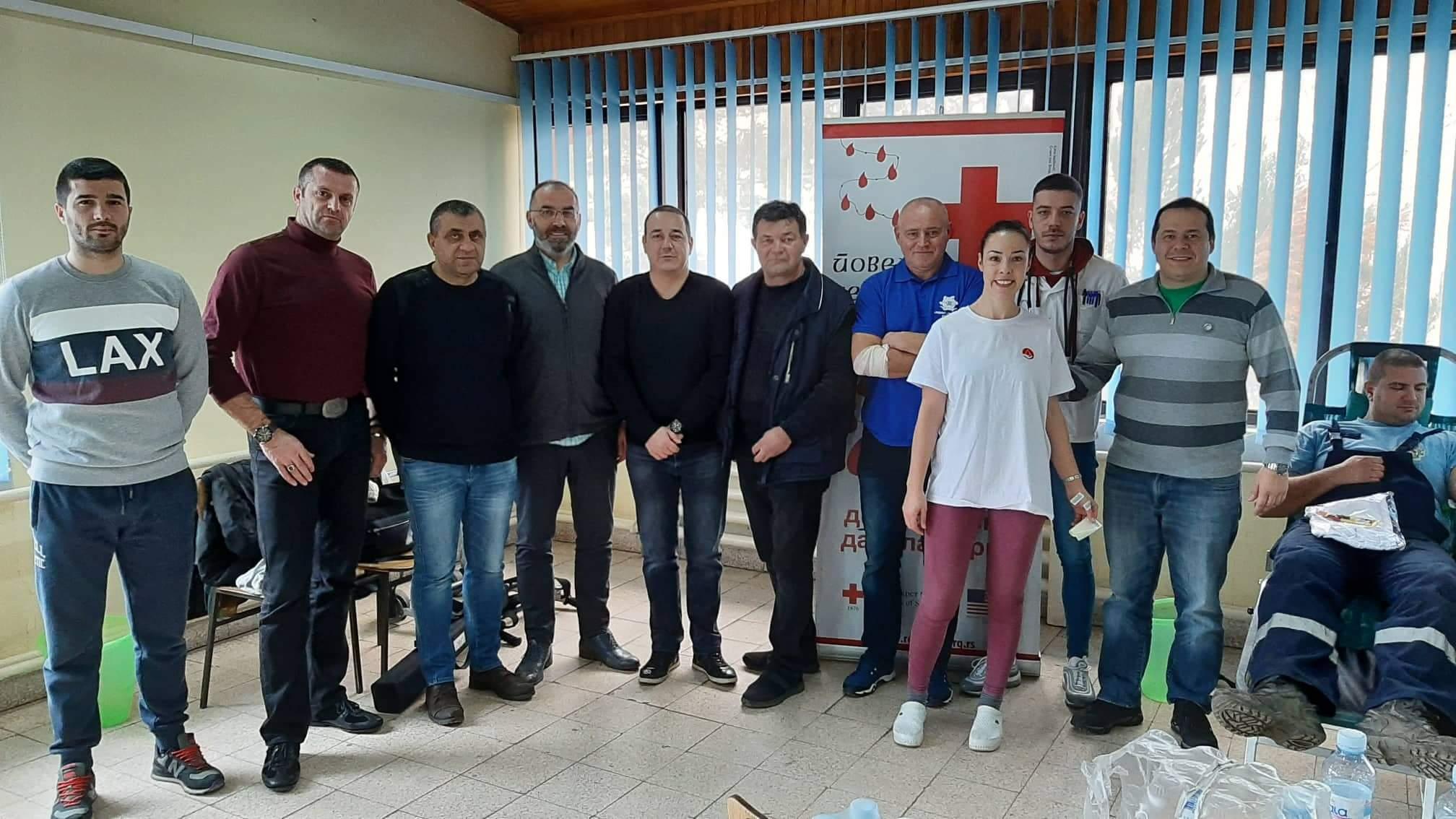 """Crveni krst Požarevac: Akcija dobrovoljnog davanja krvi sa Sindikatom """"PRIM"""" DOO Kostolac i """"Nezavisnost Kostolac usluge"""" 28239"""