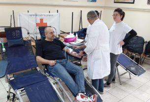 """Akcija dobrovoljnog davanja krvi u Osnovnoj školi """"Kralj Aleksandar prvi"""" 28740"""