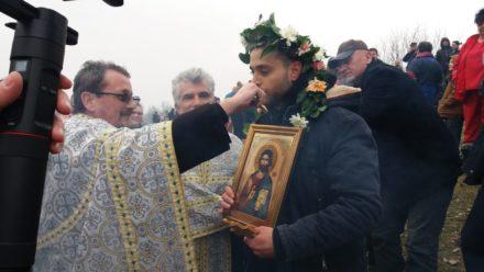 Petrovčani prvi put plivali za Časni krst 4