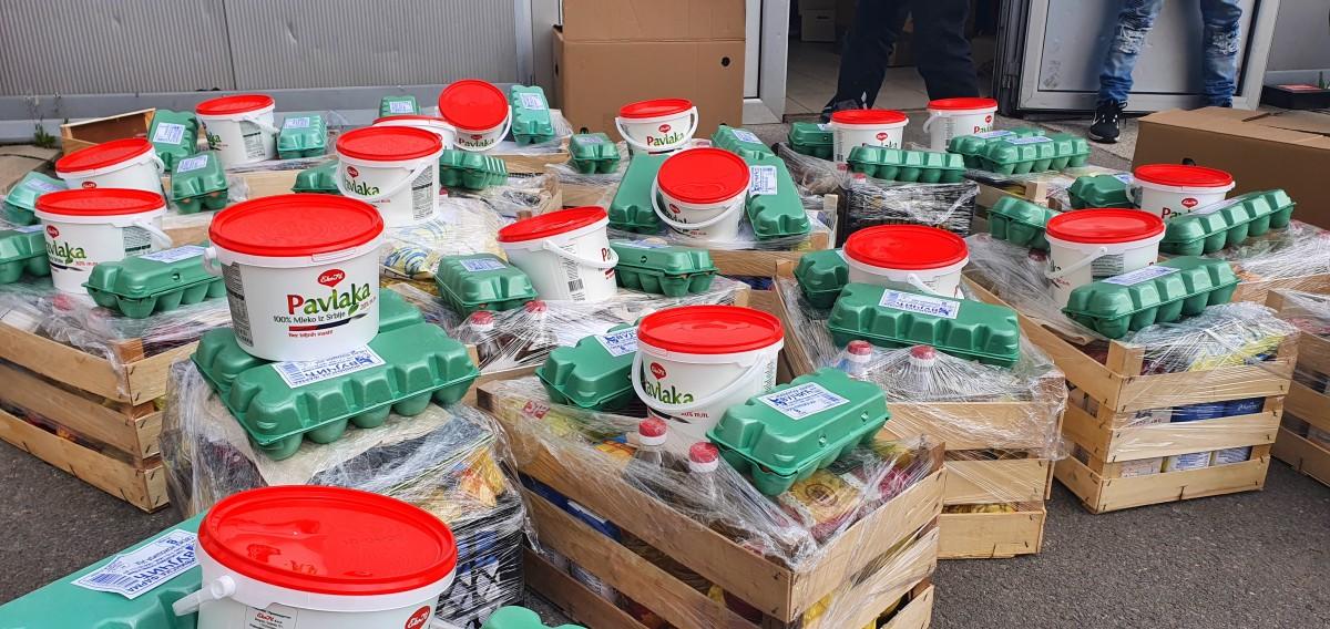 Podela paketa pomoći najugroženijim porodicama sa teritorije opštine Petrovac na Mlavi 32570