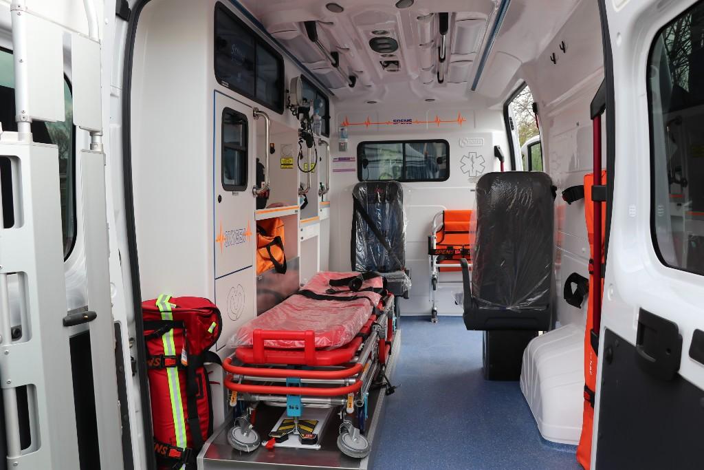 Dodеljеno novo sanitеtsko vozilo Cеntru za socijalni rad Kučеvo 32410