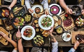 Kako se prenosi virus korona: Odeća, hrana i drugi izvori oko kojih ne moramo toliko da brinemo 32057