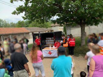 Crveni krst Požarevac : pomoć za najugroženije Rome 36274