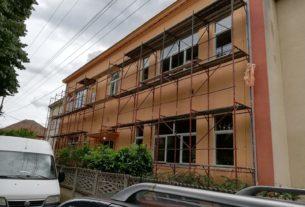 Požarevac: Otpočeli radovi na obnovi fasade zgrade osnovne škole u Poljani 36951