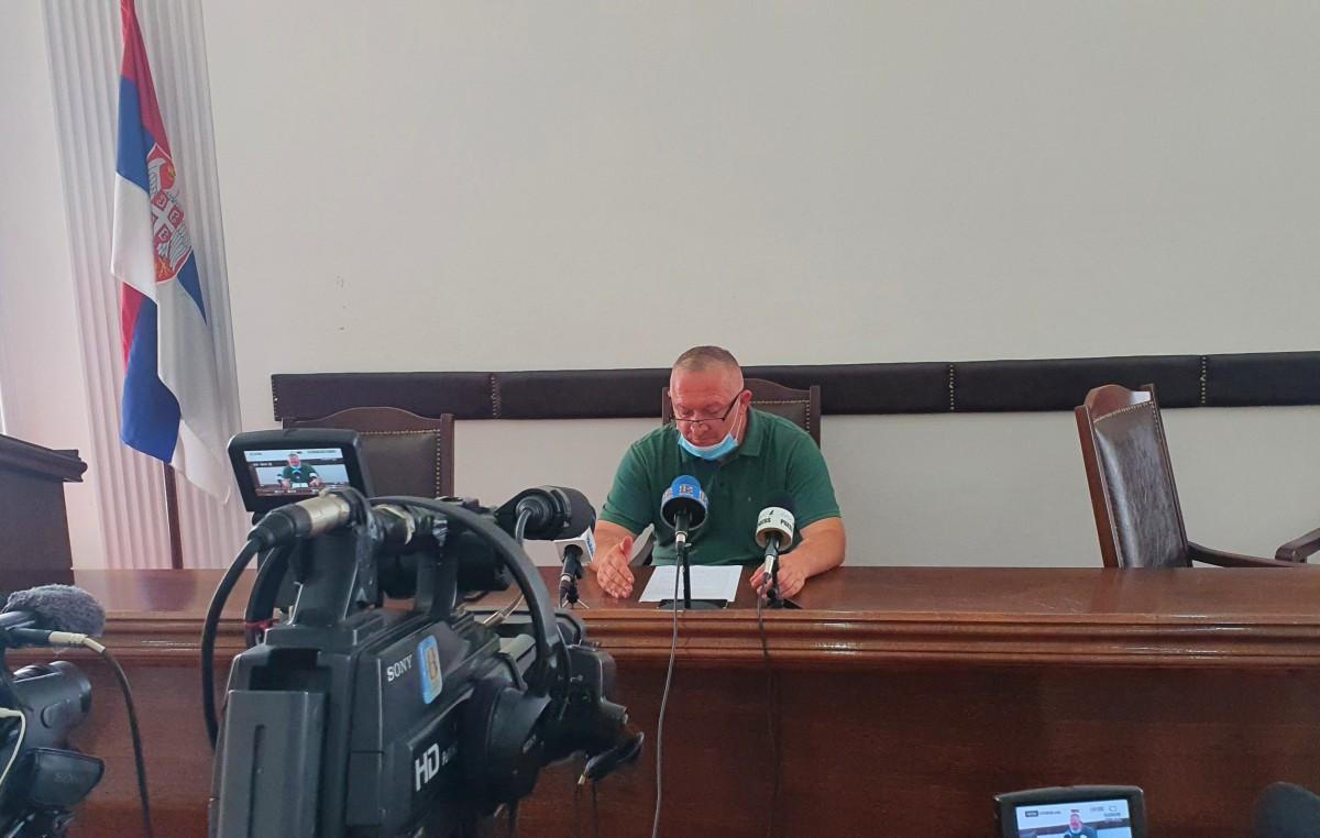 Konferencija za medije predsednika opštine Petrovac na Mlavi (31.07.2020. godine) 39543
