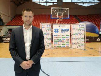 """Ekipa """"Stari grad"""" iz Beograda osvojila prvo mesto na 3x3 turniru u basketu u Požarevcu (FOTO) 42032"""