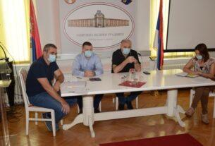 Sastanak rukovodstva opštine Veliko Gradište sa ugostiteljima 41880