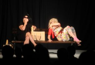 Prva pozorišna predstava na otvorenom nakon 6 meseci pauze u Petrovcu na Mlavi 41665
