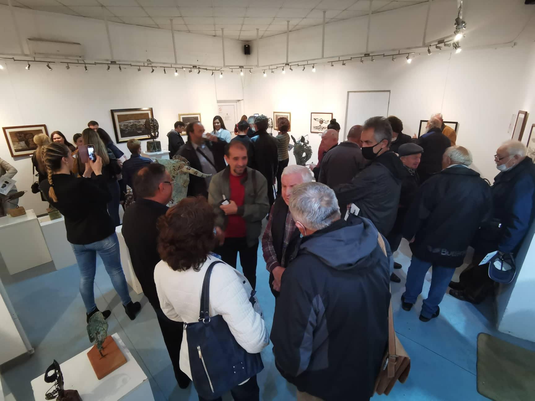 Otvorena izložba skulptura i crteža vajara Radeta Prvulovića 42678