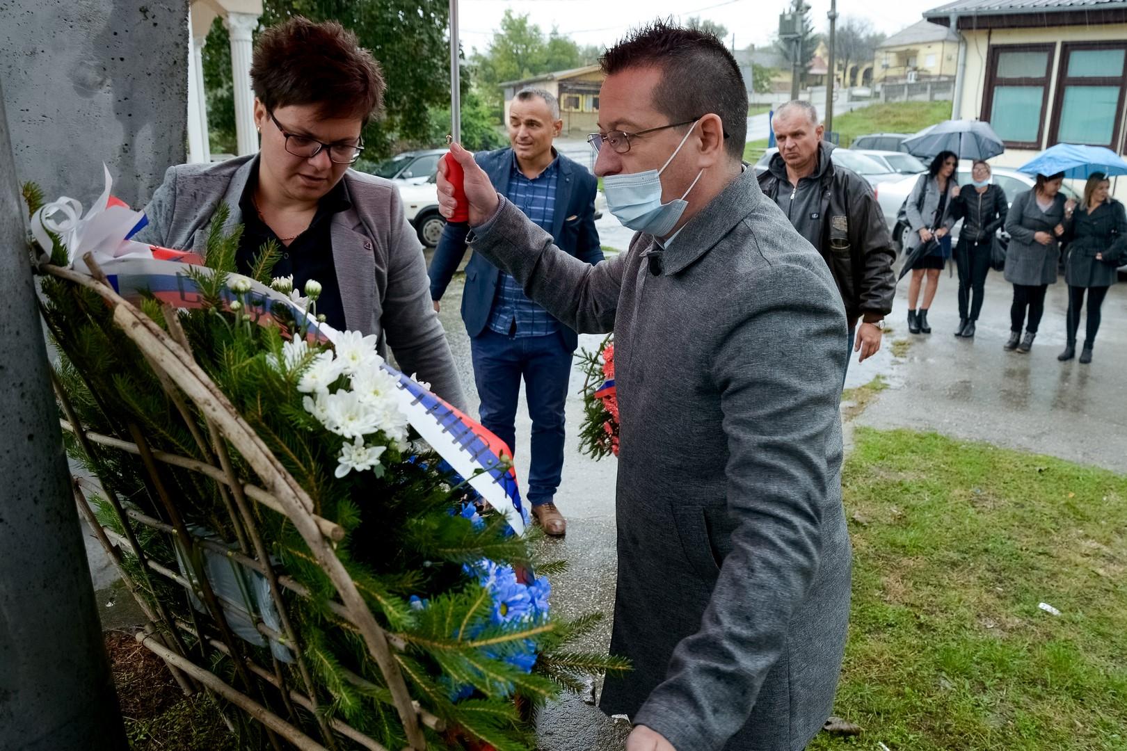 Predstavnici lokalne samouprave, čestitali Dan oslobođenja Kostolca u Drugom svetskom ratu 13. oktobar 42748