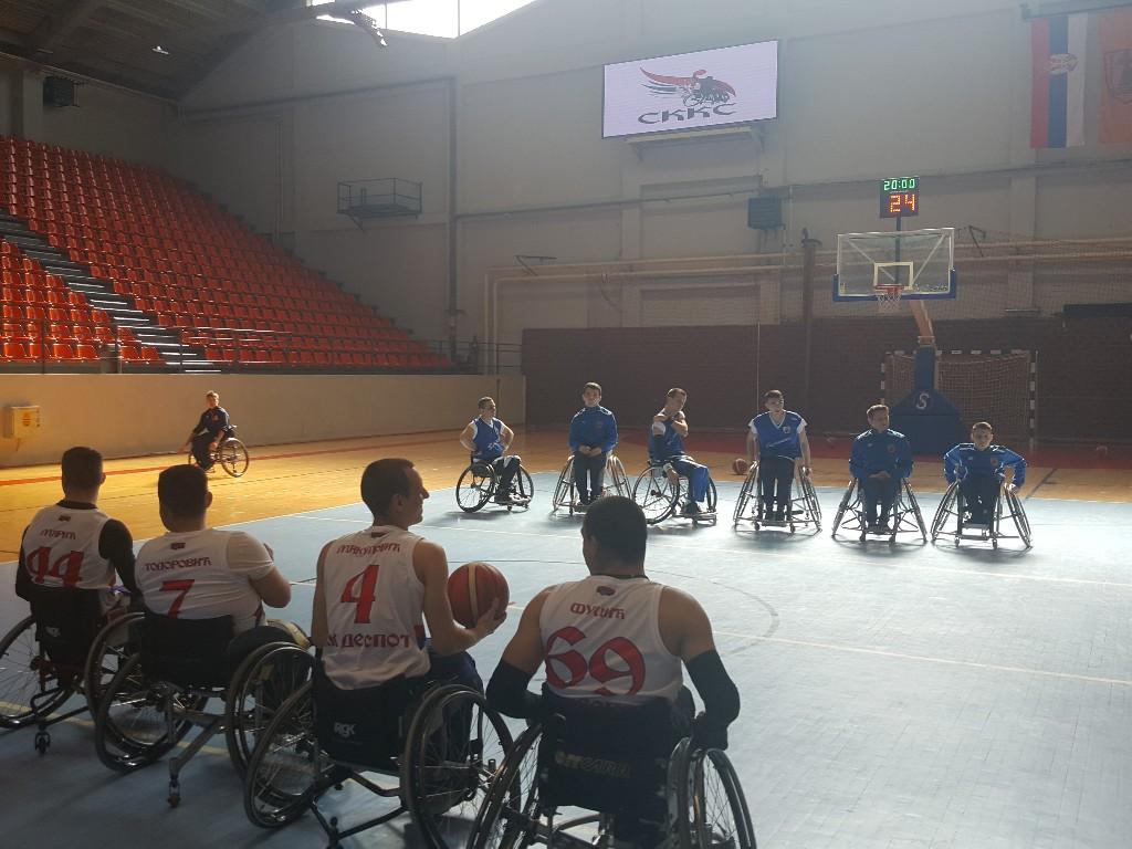 Gradonačelnik Saša Pavlović otvorio takmičenje košarke u kolicima u Sportskom centru Požarevac 50971