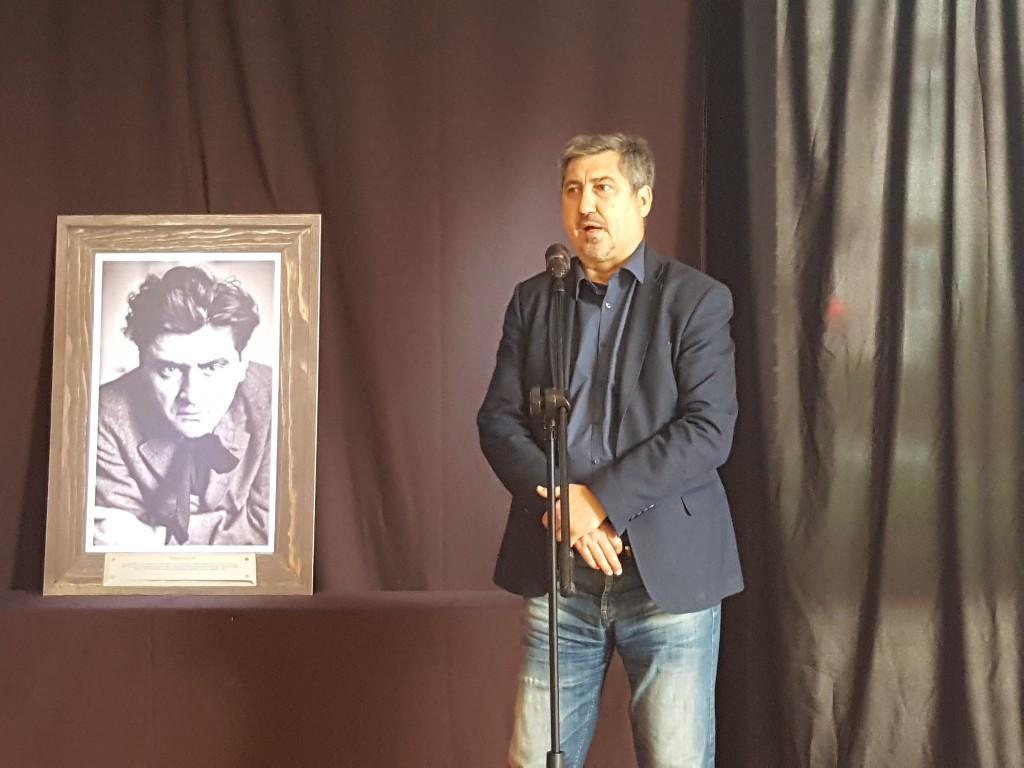 """Požarevac: Otvorena izložba """"Pozorišni portreti Milivoja Živanovića"""" 52665"""